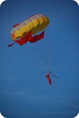 """""""A mind is like a parachute, it's only good when its open"""" (henriettevisscher71) Tags: tunisia tunesieoktnov2009"""