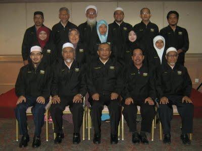 Ahli Lembaga Pengarah Koperasi Wahida Berhad Sesi 2009-2010