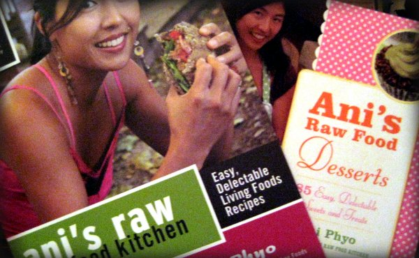 Anis raw food...