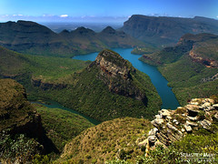 Blyde River Canyon - South Africa (landscape photography - sebastien-mamy.fr) Tags: africa nature landscape southafrica photography canyon rivire explore paysage frontpage afrique canion afriquedusud blyderiver sebastienmamy