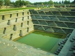 591. Hampi (9): Fresh Water Tank (profmpc) Tags: architecture stonecarving watertank hampi vijayangara palacecomplex pushkarini krishnadevarayar