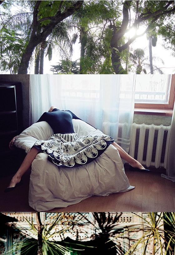 Blue and White Tropical Master Bedroom Decor Inspiration -bottom