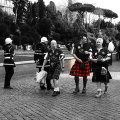 (paulina_sza) Tags: street people italy rome blackwhite kilt scots