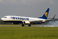 EI-DAT - 33554 - Ryanair - Boeing 737-8AS - Luton - 070829 - Steven Gray - IMG_4512