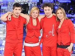 Nella puntata di questa sera, il giovane Matteo dovrà sfidare altri tre cantanti ovvero Loredana Errore, Emma Marrone e Pierdavide Carone