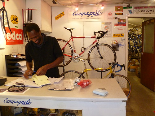 Roberts Cycles 003
