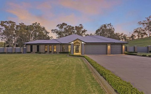 3 Abbott Drive, Lavington NSW 2641