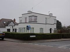 Art Deco? Disappointed... (stevenbrandist) Tags: curzonavenue forsale artdeco leicestershire leicester house home mooreandyork estateagent explore