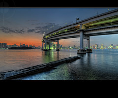 Dusk Falls Over Tokyo Bay & Rainbow Bridge, from Daiba Fort: Tokyo, Japan (Alfie | Japanorama) Tags: road longexposure bridge sunset sea sun water japan japanese tokyo evening bay pier twilight highway fort dusk jetty tripod wideangle freeway odaiba daiba expressway setting suspensionbridge hdr tokyobay rainbowbridge exposurebracketing wangan highdyanmicrange tokina1116mmf28 7framebracketedhdr