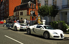 I see double: Bugatti Veyron 16.4 (Jeroenolthof.nl) Tags: world uk england bw white black color london beautiful car modern volkswagen photography grey lights is amazing nice movement jeroen nikon view shot britain united rear great d70s kingdom automotive harrods east emirates explore arab londres gb if 164 paparazzi rrr 407 lovely middle nikkor abu dhabi bugatti zwart wit londra exclusive supercar fastest vr 56 eb engeland londen veyron zw f35 emirati automoti