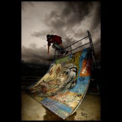 + ( ake it uky ) Tags: nikond70 skate sk8 altro valmadrera skateordie fanculo sigma1020 vaffanculo morrolo parolacceamanetta incazzatoneroduro skateparkelparkodio stronzidimerda maledettafotografiadigitale giranoicoglioni fotodacazzoduro