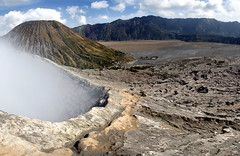 MT BROMO (Claude  BARUTEL) Tags: indonesia volcano java bromo