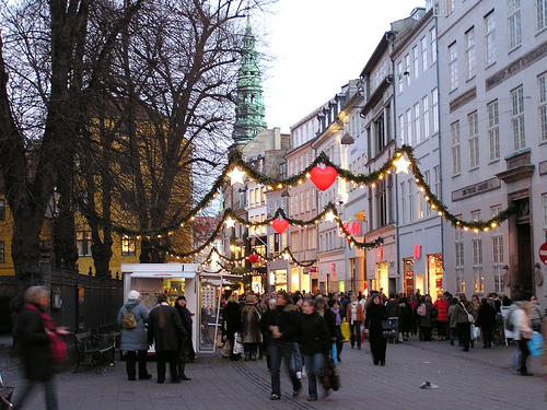 Copenhagen festive for the holidays (by: Jack G, creative commons license)