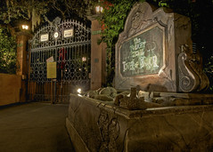 Closing of the Hollywood Tower Hotel (Todd Hurley (Todd_H)) Tags: camera longexposure nightphotography family architecture night canon fun photography lowlight florida wideangle disney disneyworld mickeymouse 5d fl fullframe wdw waltdisneyworld hdr themepark mgmstudios disneymgmstudios thrill waltdisney detailed towerofterror twilightzone thrillride uwa wdi lakebuenavista imagineering canon1740f4l ultrawideangle waltdisneyworldresort canoneos5dmarkii disneyhollywoodstudios canon5dmkii canon5dmark2 5dmkii 5dm2 5dmark2 canon5dmarkii canon5dii canon5d2 canon5dm2 5stardisneyaward thhphotography toddhurley canon1740f14l