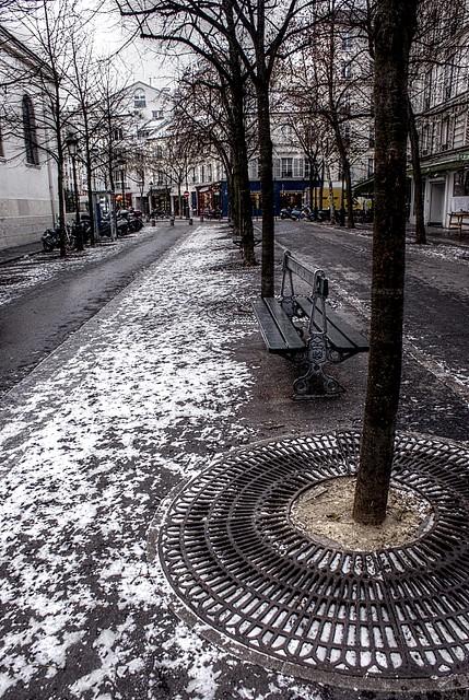 Winter time in Paris