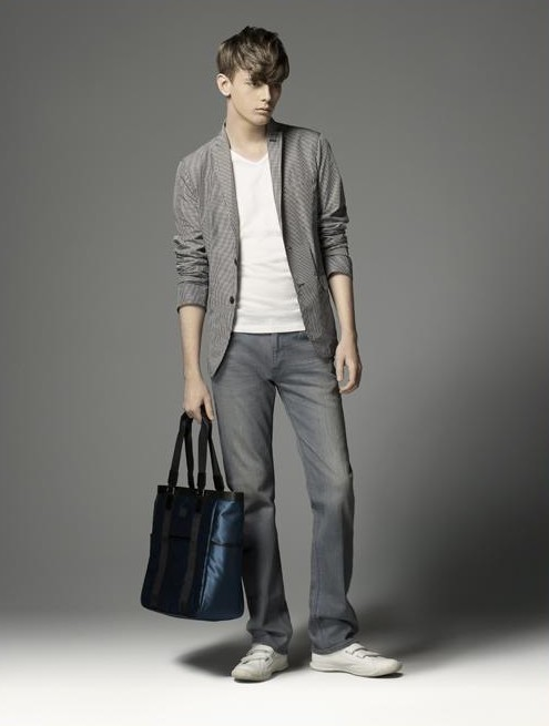 Daniel Hicks0045_Burberry BL(official)