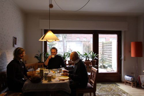 Brekkie with Kim and Dietmar...