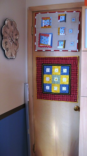 mini_quilts_hung1