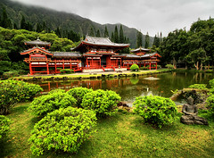 Byodo-In Temple, Oahu (` Toshio ') Tags: trees red cloud mountains building green architecture landscape asian japanese hawaii colorful oahu buddha religion hawaiian aloha buddhisttemple hdr highdynamicrange mahalo byodoin valleyofthetemples toshio byodo byodointemple