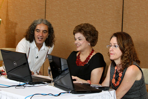 Marcelo Branco e Dilma Roussef durante o lançamento do Dilmanaweb