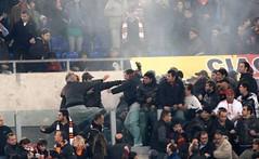 Scontri nel corso del derby Lazio - Roma