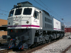 Retales Renfe Integria. (Water Series) Tags: ma