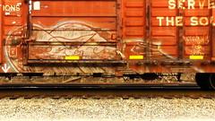 ELK (BLACK VOMIT) Tags: car train graffiti ol box south el dirty dos boxcar elk freight kamino elkamino
