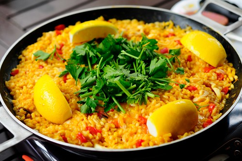 Christmas recipe paella adapted from gordon ramsays cookalong xmas paella forumfinder Gallery
