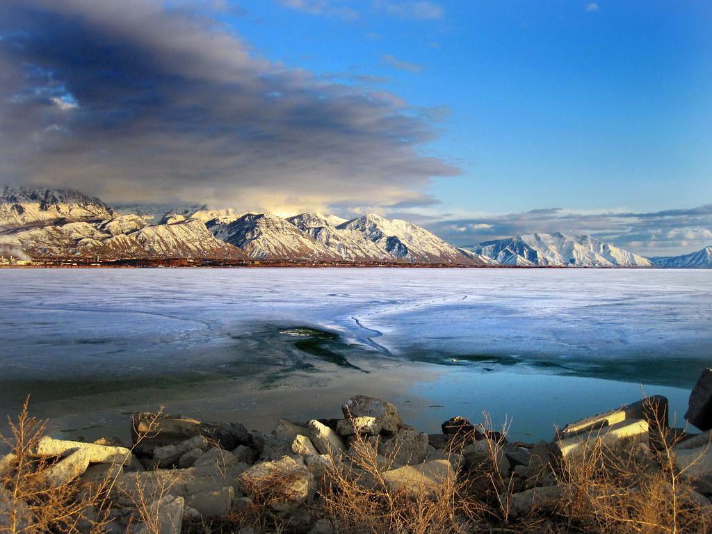mountains to the east of utah lake