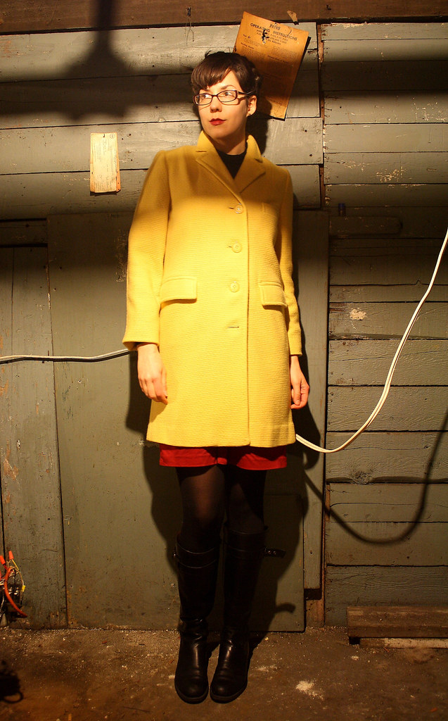 Pyellow coat