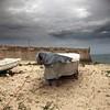 Covered boat (Julio López Saguar) Tags: portugal boat barca under covered inside behind dentro peniche detrás debajo cubierto tapado juliolópezsaguar