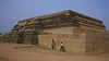 587. Hampi (5): Victory Stand (profmpc) Tags: history war antique stonecarving victory orissa hampi kalinga mahanavamidibba vijayangara krishnadevarayar