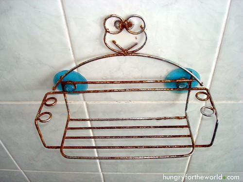 Rusting shampoo holder