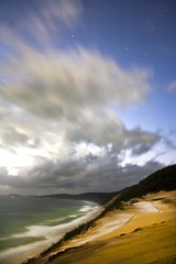 Blow Sands (Aristocrats-hat) Tags: sea beach night clouds stars sand long exposure hole earlymorning australia blow queensland predawn rainbowbeach colouredsands bowsands