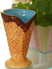 Taa de sorvete (Sissi Terra) Tags: flores natureza sorvete porcelana casquinha cfaft almaterra