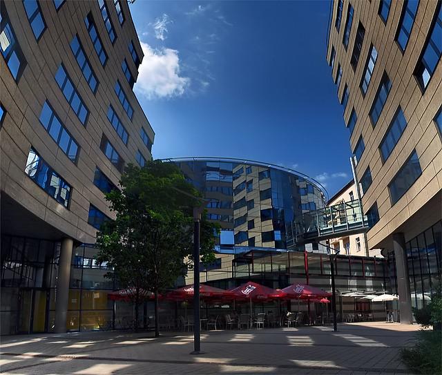 Udvar / courtyard