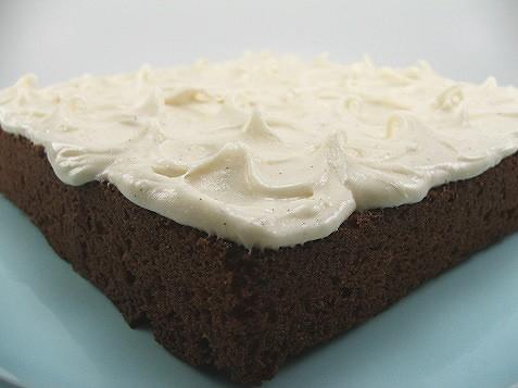 Caramel Cake with Cinnamon Vanilla Bean Cream Cheese Frosting