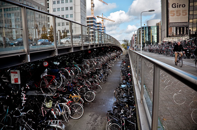 Leiden station bike storage - photo by Veerle Pieters, Flickr