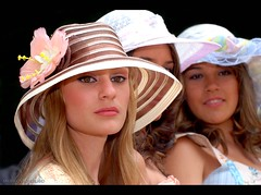 As Francesinhas! (Anderson Sutherland) Tags: girls france face fashion brasil glamour women moda stile elegance fashionmob