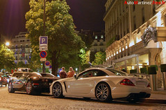 Mercedes SL65 AMG Black Series and Bugatti Veyron - Paris (07-2009) (Automartinez) Tags: white black paris night benz hotel nikon dubai shot chrome series bugatti nuit coupe luxe amg sl65 veyron noire fouquets d40 marcedes 1001ch 375ch
