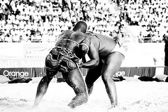 action... (lilion (Beatrix Jourdan)) Tags: africa men blackwhite hands legs action body traditions competition warriors senegal dakar elton hl traditionalsport pakala pentaxk10d laamb lilion parcelles senegalesewrestling ennoiretblanc angyalokkal luttesénégalaise africanwrestlers guédiawaye jmeszolybeatrix ballagaye cheikhfall yékini beatrixjourdan mbayegueye modoulo toubaboudior yakhyadiop lacdeguiers2 papeansoucissé thionkesyl batlingsiki abdoulayediouf lionsdelateranga lacdeguiersii boyniang2 taphatine eumeusene dembagueye boynaar aïcambeur zalelô
