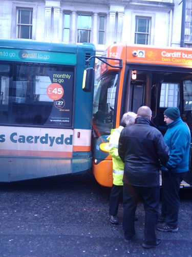 cardiff bus crash 8 jan 2010