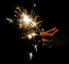 Sparkles for Samut Songkran (Eva Salet) Tags: light thailand sparklers ring jand samutsongkran nikond90 sparles
