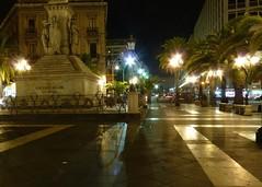 Catania - I lampioni di Piazza Stesicoro (Luigi Strano) Tags: italy europa europe italia sicily catania sicilia piazzastesicoro 5photosaday regionalgeographicsicilia rgsstreetphotography