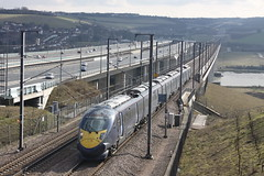 Javelin crosses the Medway Bridge (Jelltex) Tags: england electric train kent emu medway southeastern hs1 javelin medwaybridge jelltex jelltecks class395 southeasternhighspeed medwayviaducts