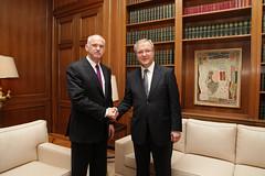 Συνάντηση με τον Eπίτροπο της Ευρωπαϊκής Επιτρ...