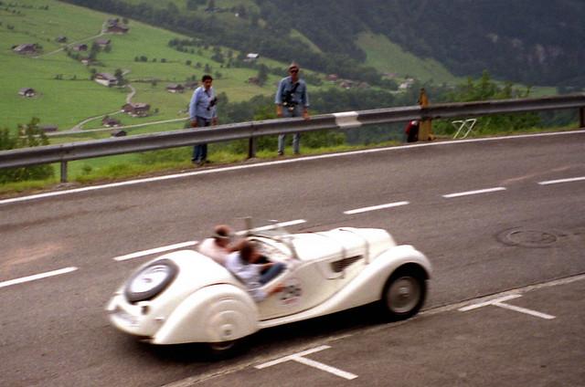 memorial 328 bmw prewar klausenrennen bergli