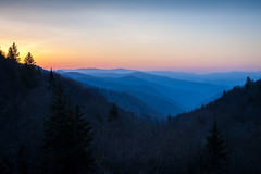Sunrise at Luftee Gap (John Cothron) Tags: 2jtrip2010 3stopsoftedgegraduatedneutraldensityfilter 5dclassic 5dc americansouth beechflatsprong brysoncity canonef50mmf14usm carolinas cothronphotography dixie greatsmokymountainnationalpark johncothron lee90gs leefiltersystem lufteegap mtweaver nc northcarolina southatlanticstates southernregion swaincounty thesouth us us441 usa unitedstatesofamerica clearweather fog landscape mist morninglight mountain nature outdoor outside parkinglot scenic sky spring sunrise travel img1420100413 ©johncothron2010 sunriseatlufteegap