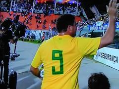 ronaldo-fenomeno-despedida-brasil-romenia-2011 - Cópia