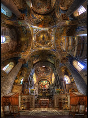 La Martorana {EXPLORED} (Girolamo's HDR photos) Tags: light italy art church architecture canon photography gold interior mosaics palermo hdr girolamo photomatix martorana tonemapping canoneos50d santamariadellammiraglio vertorama cracchiolo omalorig wwwomalorigcom